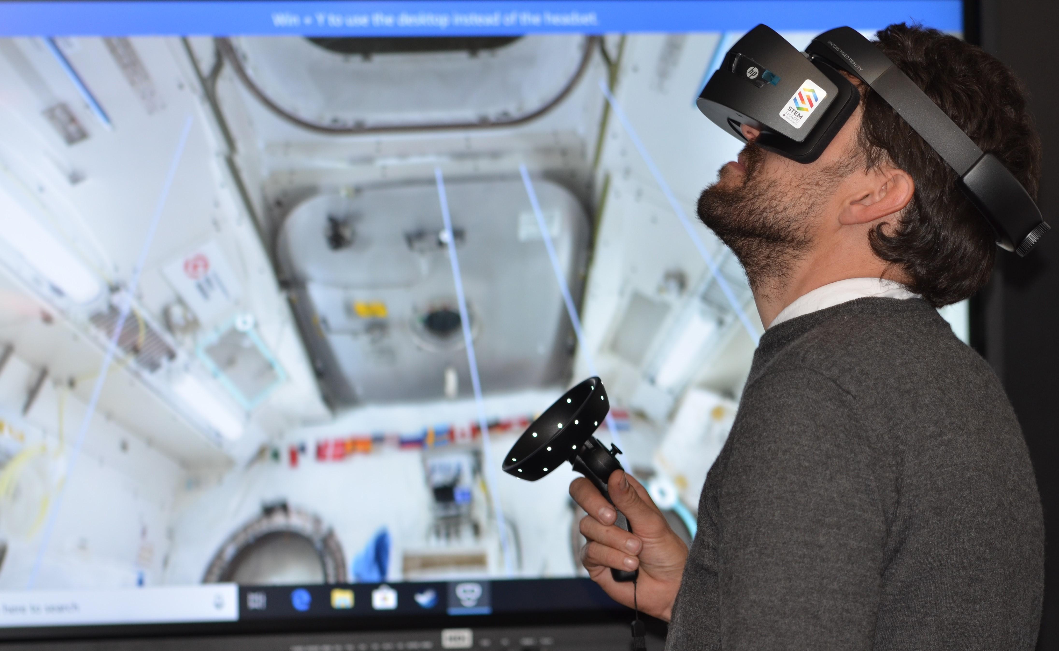 Voiko virtuaalitodellisuudessa oppia?